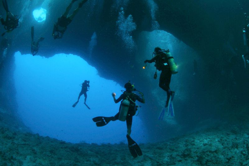 Best Places To Go Cave Diving Backpacker Travel
