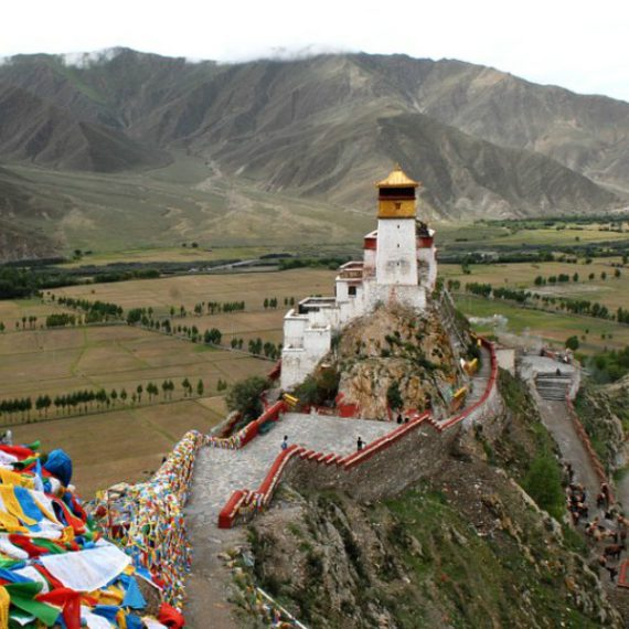 According to legend, the Yungbulakang Palace was the first building in Tibet and the palace of the first Tibetan king, Nyatri Tsenpo.