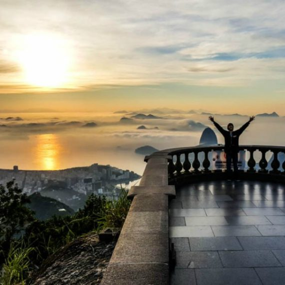 sunrise-from-christ-the-redeemer