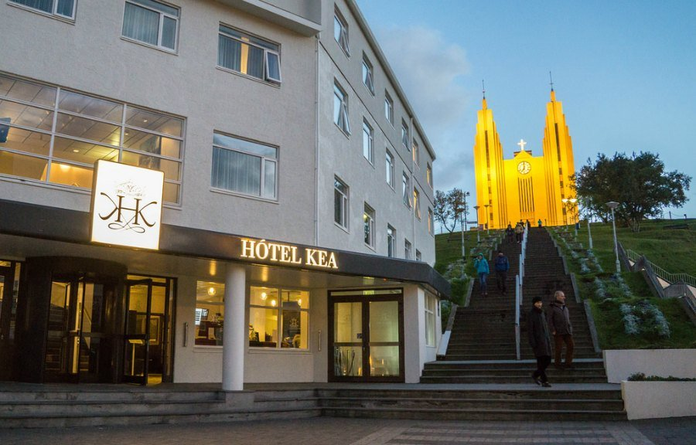 Hotel Kea and the church at night