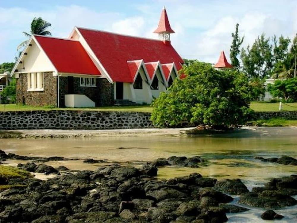 Mauritius has some very cute churches