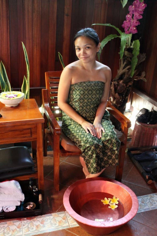 Foot bath with frangipanis