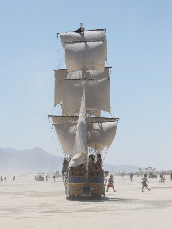 A pirate ship in the dust