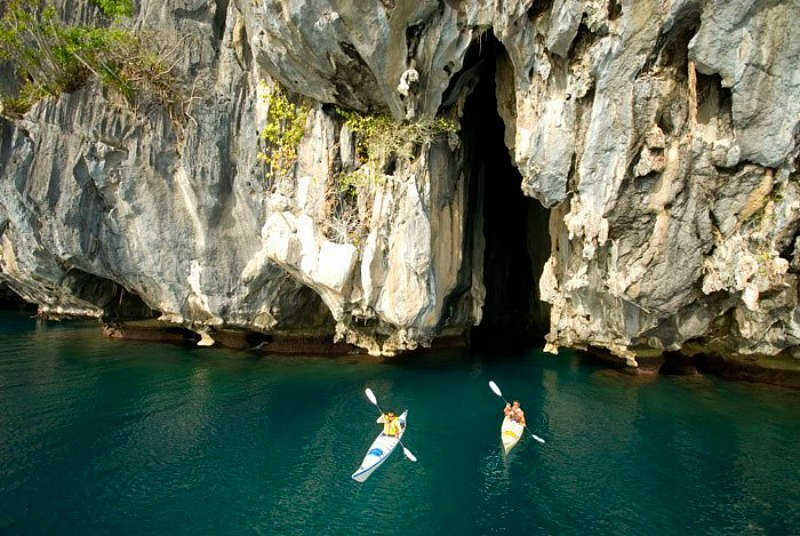Cathedral Cave in El Nido
