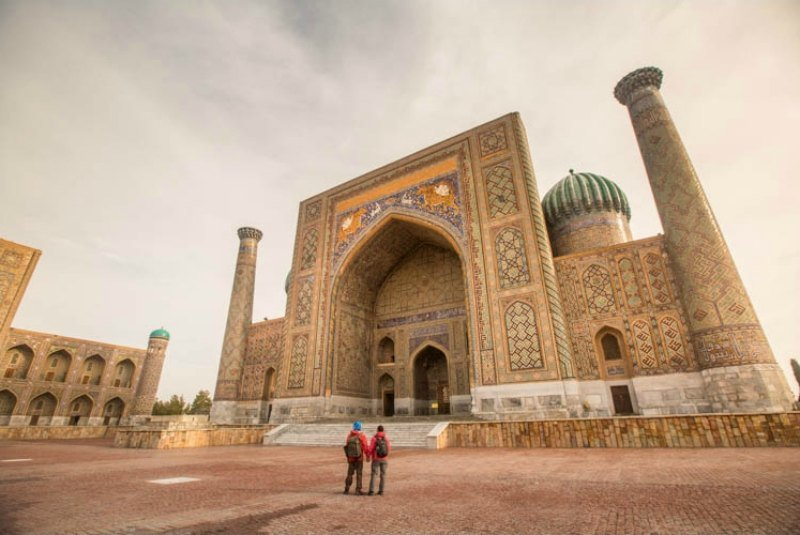 Admiring the breathtaking architecture of the mosque in Samarkand