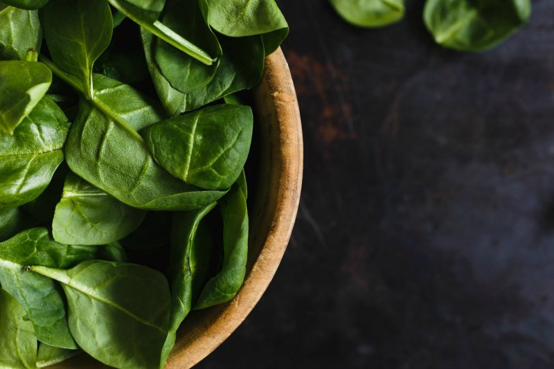 Intimacy on the plate aphrodisiac spinach