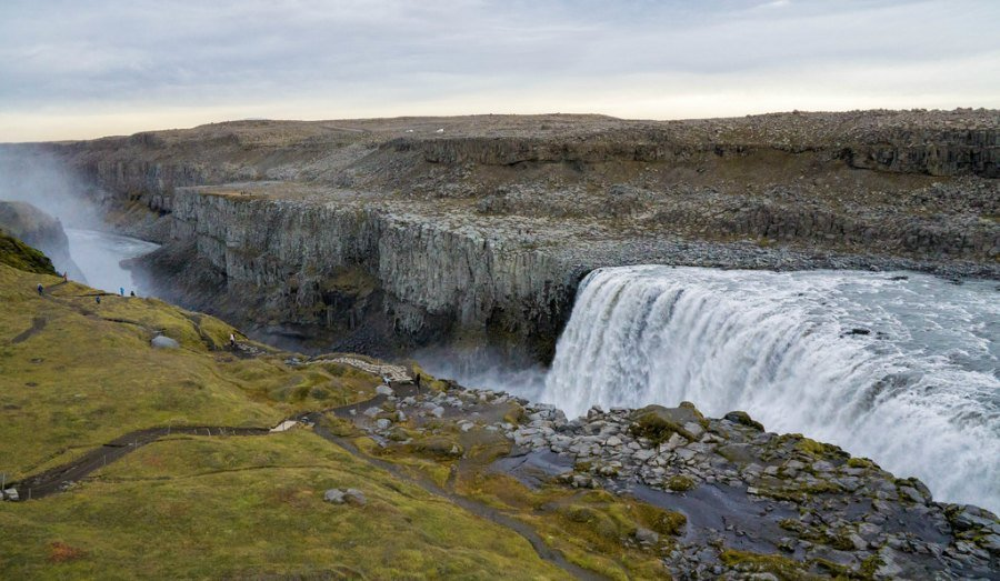 The full scale of Dettifoss